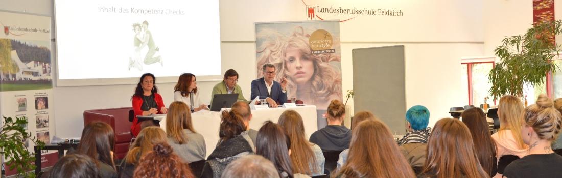 """""""Neu ab 2018: Kompetenzcheck für Friseurlehrlinge"""""""