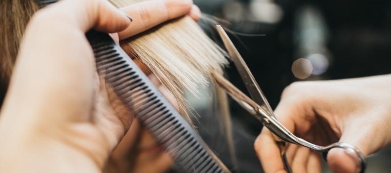 Diese Frisuren und Haarfarben liegen 2018 im Trend